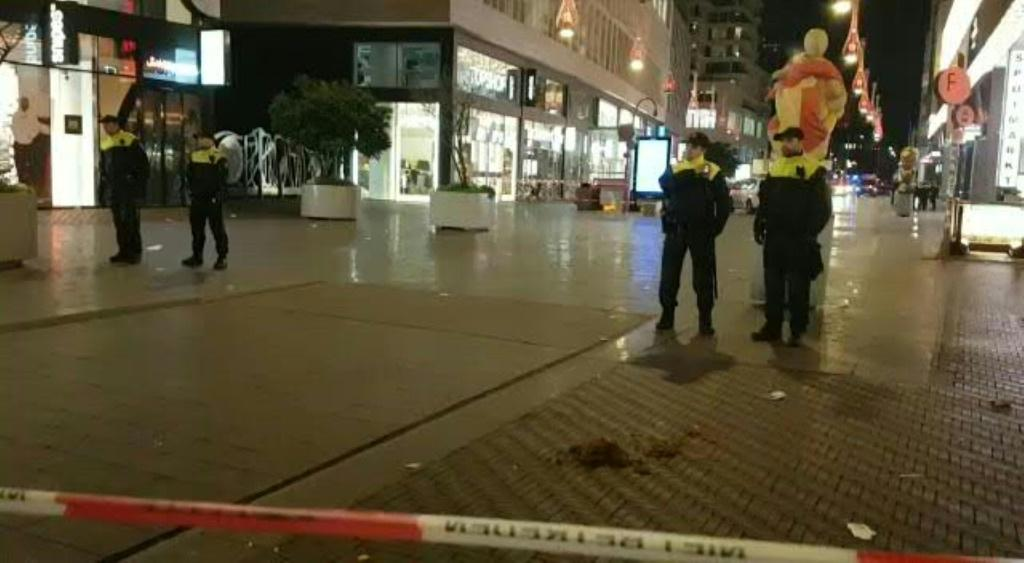 IMAGESDutch police cordon off one of the main shopping streets in the centre of the Dutch city of The Hague after three people were wounded in a stabbing.