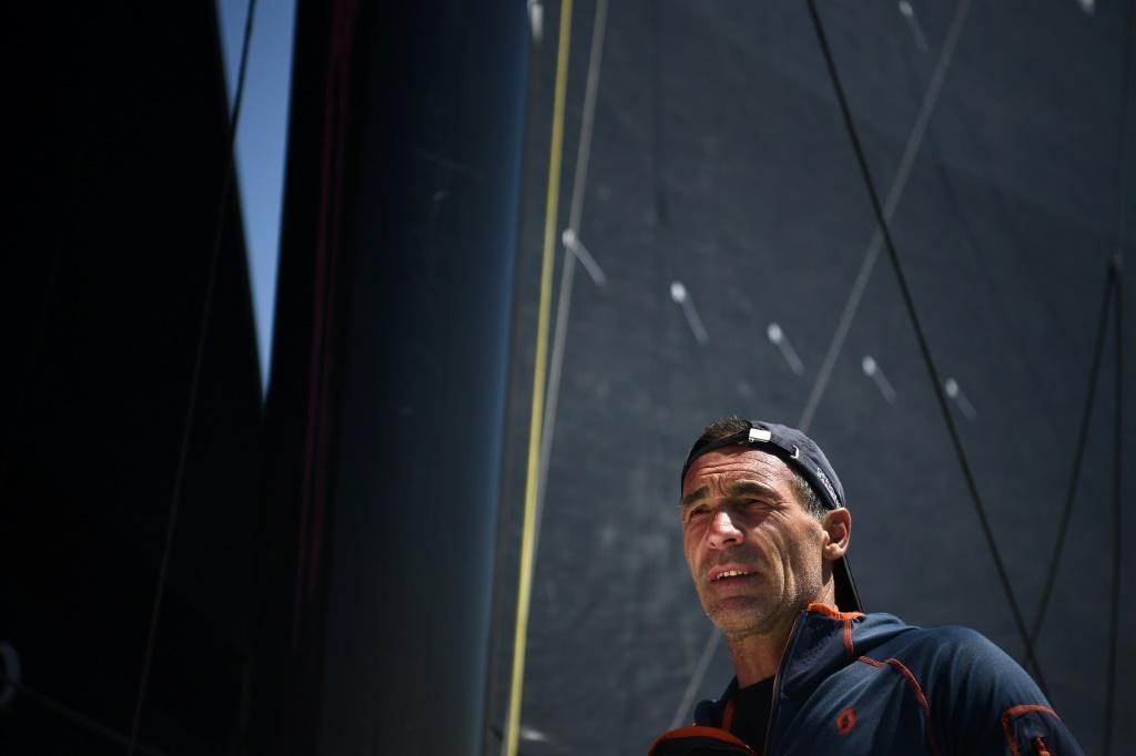 South African-born Swiss Mike Horn is attempting toto circumnavigate the globe via the North and South Poles