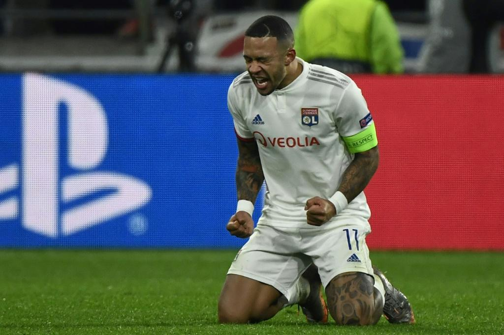 Memphis Depay's late goal took Lyon through to the last 16 as the French side drew 2-2 with RB Leipzig