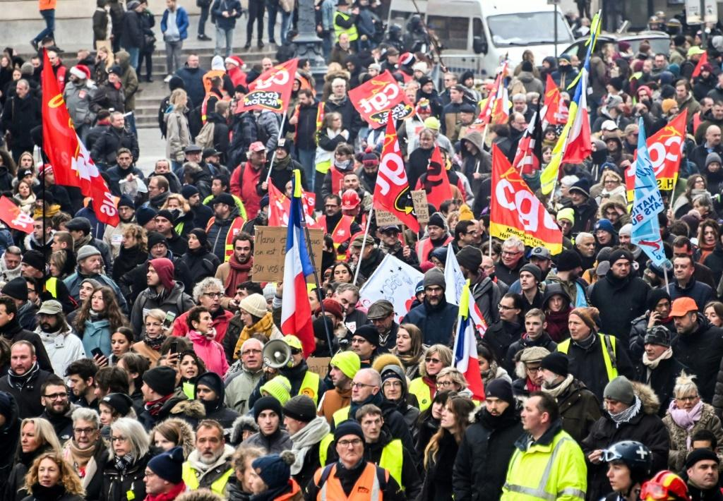 Some French labour leaders have vowed to keep up the fight until Christmas unless the government scraps its pension reform plan