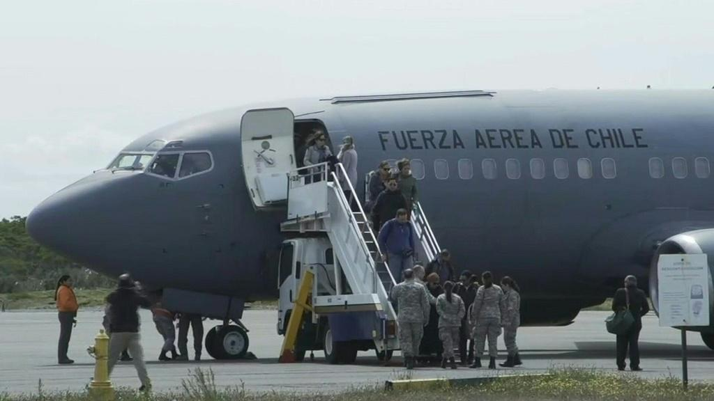 IMAGESRelatives of missing Chilean plane's passengers land in Punta Arenas, from where the military plane departed before vanishing.