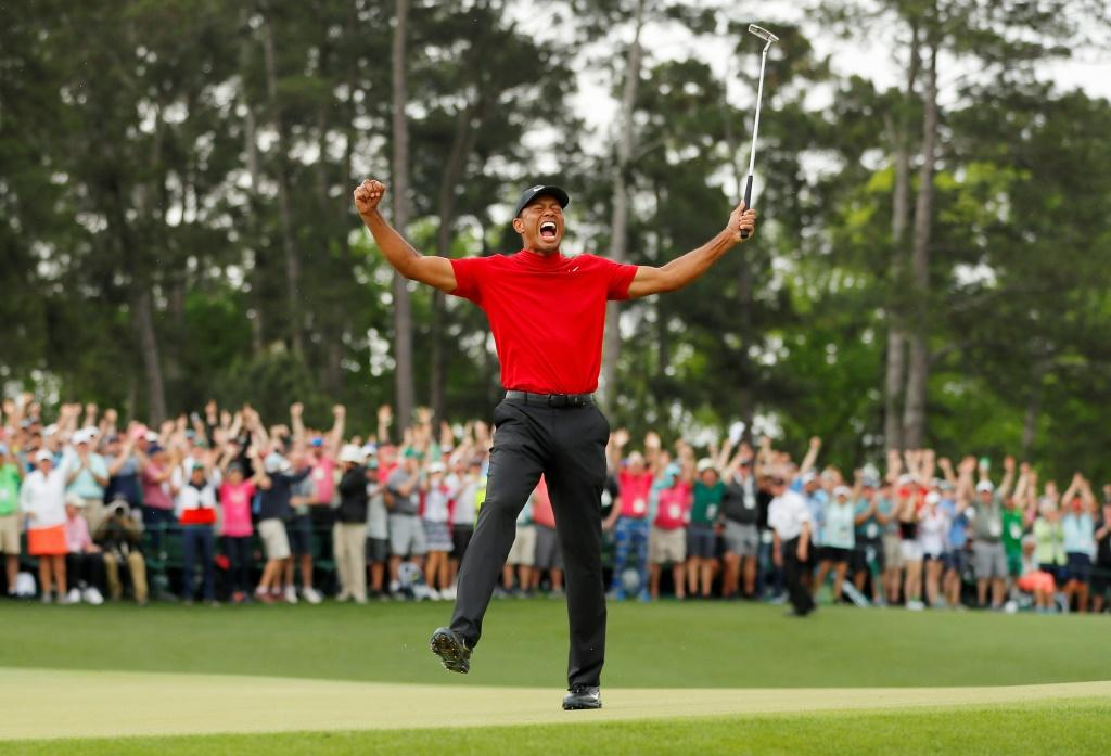 After more than a decade, Tiger Woods roared again at Augusta
