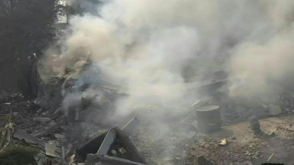 IMAGESA New Delhi factory collapses on firefighters tackling the third major blaze in the Indian capital in less than a month, injuring twelve people.