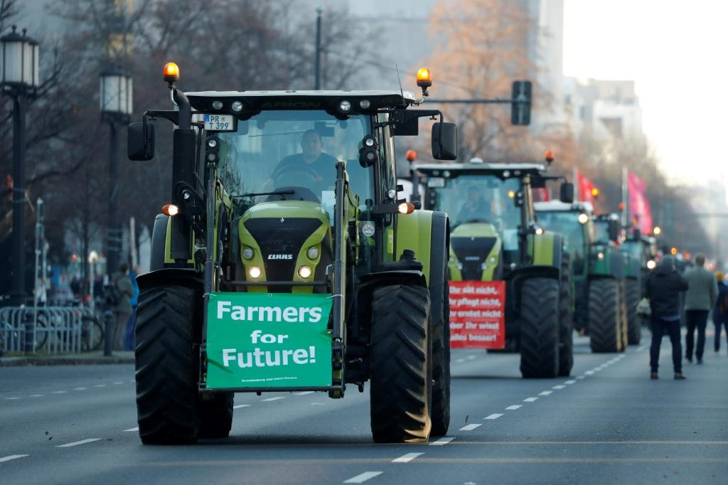 Thousands of tractors descended on cities across Germany on Friday at the opening of Berlin's annual 'Green Week' trade fair