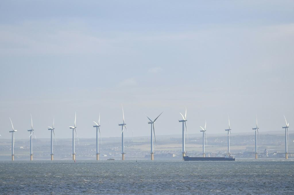 Two projects under development off the coast of Britain will compete for the title of largest offshore wind turbine field in the world