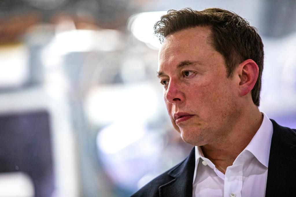 The success of the test is essential for Elon Musk's SpaceX and for NASA, which urgently needs to certify a spacecraft to transport its astronauts to the ISS this year
