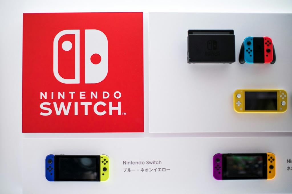 Strong demand for Nintendo's Switch consoles has boosted the video game giant's earnings