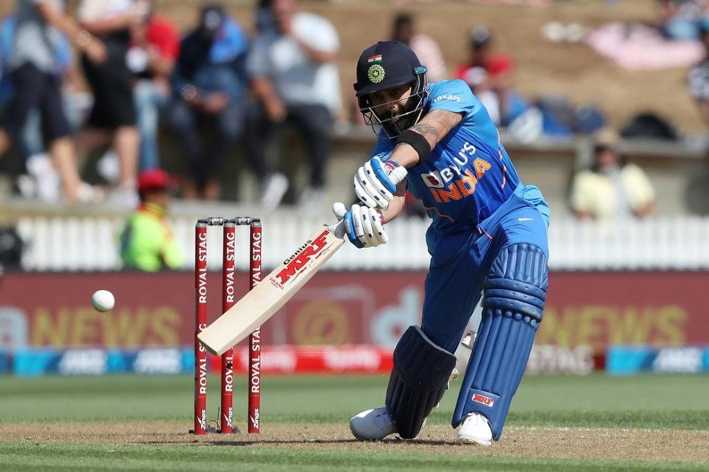 Ever-reliable India skipper Virat Kohli cruised to his 58th ODI half century in a 102-run partnership with Shreyas Iyer
