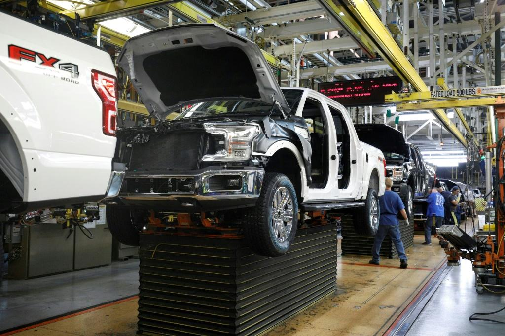 Although US construction jobs jumped, manufacturing employment declined especially in the auto industry
