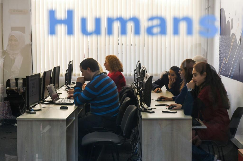 Humans In the Loop has trained a number of refugees to do work created by the growth of artificial intelligence An innovative Bulgarian companym, Humans In The Loop (HITL), is using new forms of work created by the growth of artificial intelligence to t