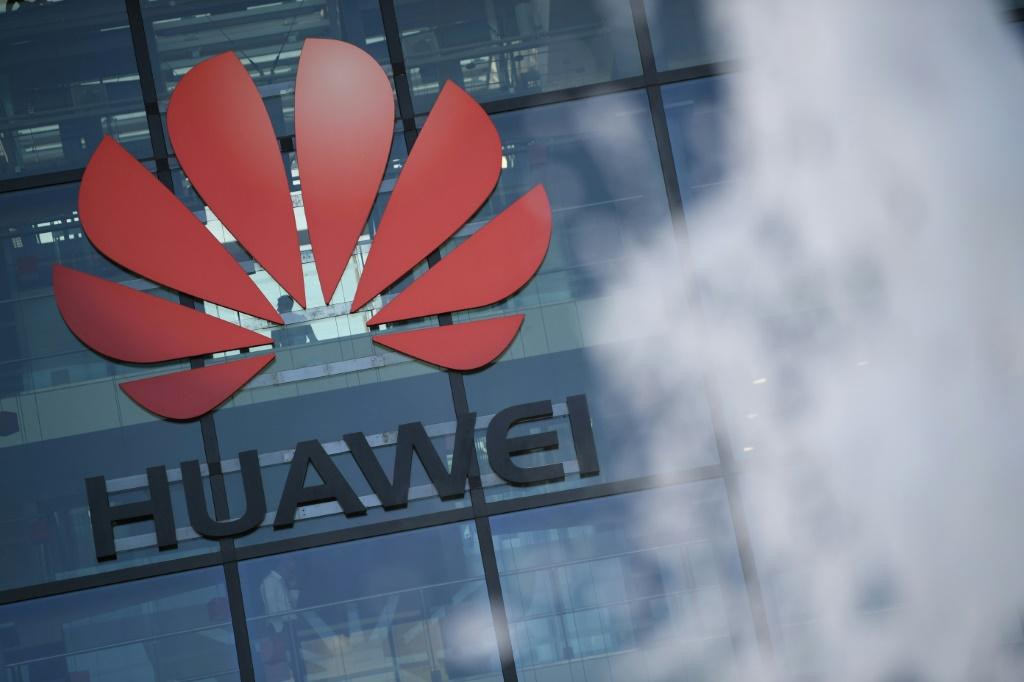 "US criminal charges allege the Chinese tech giant Huawei engaged in a ""decades-long"" effort to steal trade secrets from American companies"