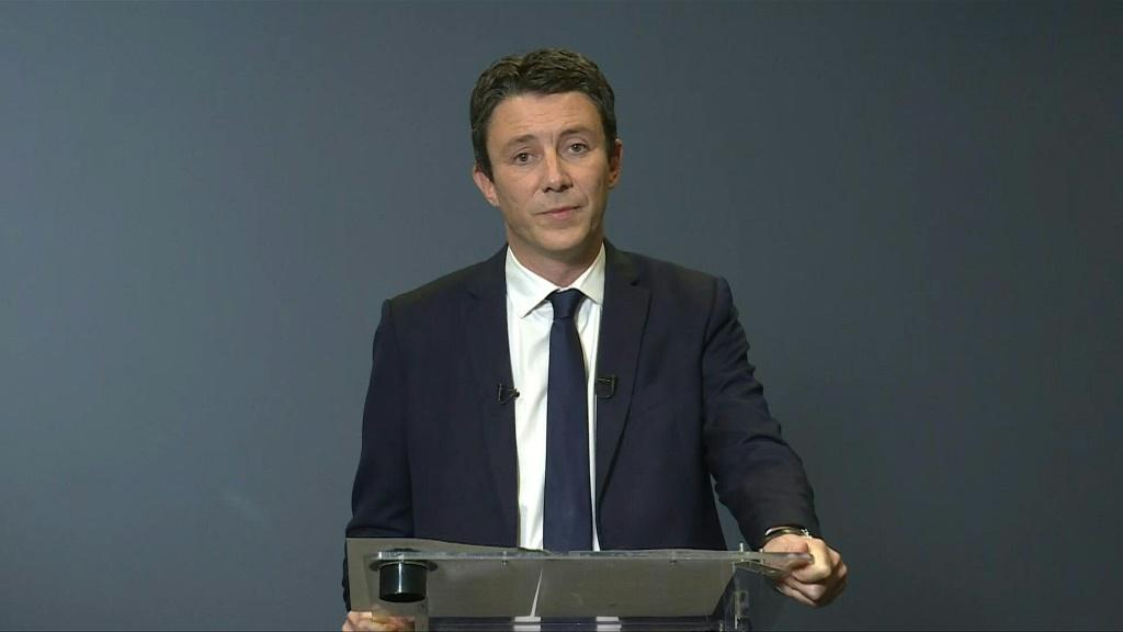 """FULL SPEECHFrench President Emmanuel Macron's candidate for Paris mayor in March local elections declares he is dropping out of the race after the release of a sex video on social media. """"I have decided to withdraw my candidacy for the Paris municipal ele"""