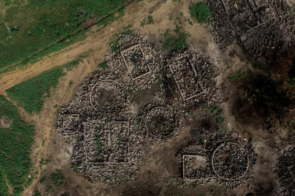 The ethnic conflict has destroyed villages in a spiral of violence, like the Fulani village of Sadia-Peulh, seen here from the air