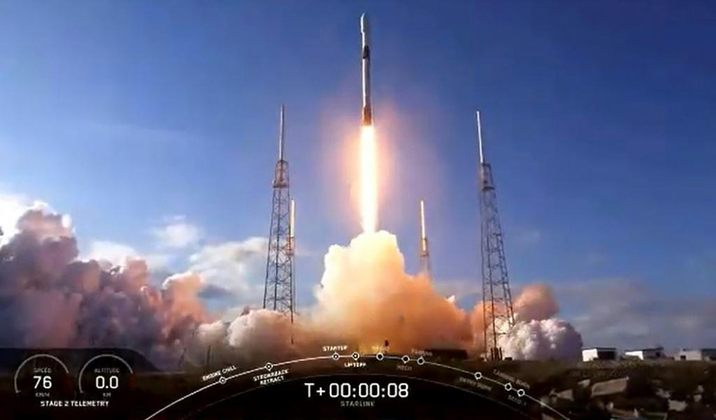 This NASA TV video frame grab shows the SpaceX Falcon 9 fourth Starlink constellation as it launches at Cape Canaveral, Florida on January 29, 2020