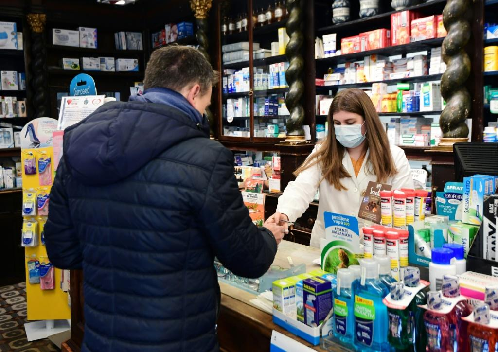 In Codogno's centre, the pharmacy remained open on the orders of the local authorities