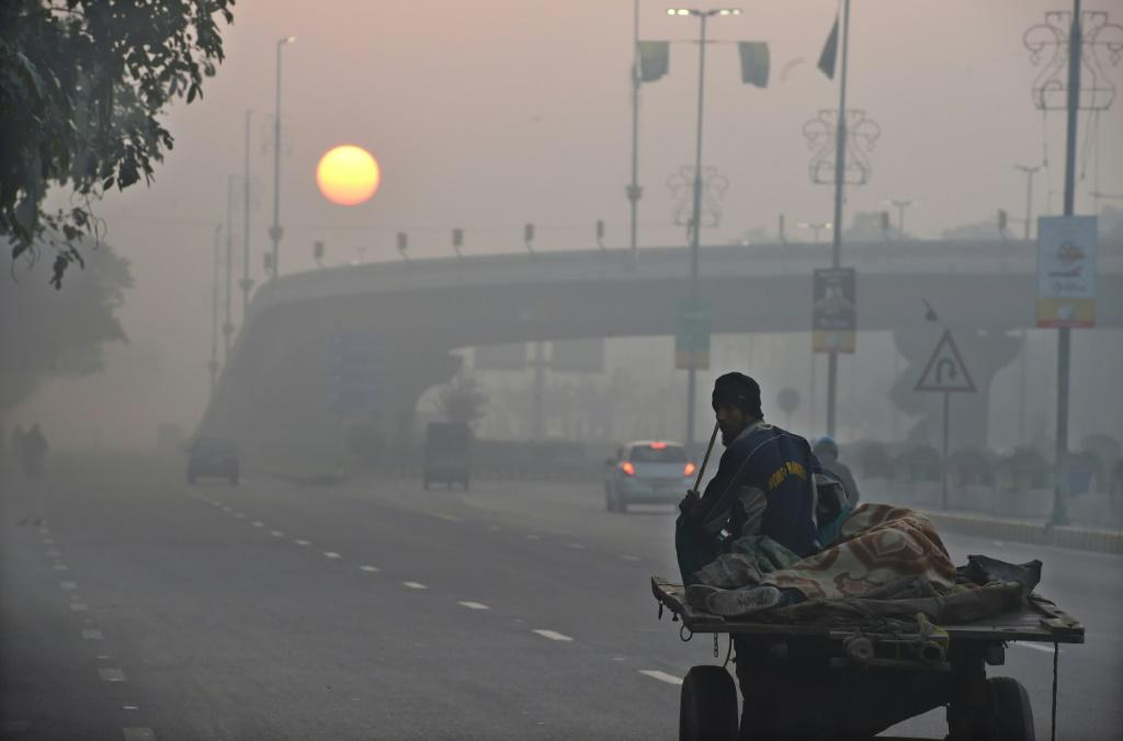 Researchers say the health impacts of air pollution from the burning of fossil fuels is significantly underestimated by authorities
