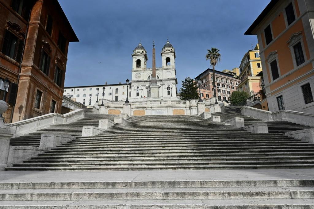 Under draconian anti-virus measures, the Vatican has been forced to close churches in Rome