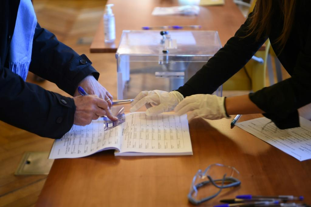 France went to the polls, defying the mounting health crisis caused by the coronavirus outbreak
