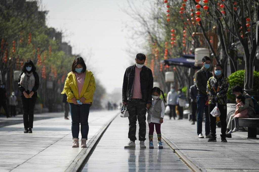 Chinese citizens paused as cars, trains and ships sounded their horns, and air-raid sirens rang out in memory of coronavirus victims.
