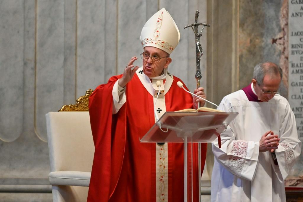 Pope Francis held Palm Sunday mass behind closed doors