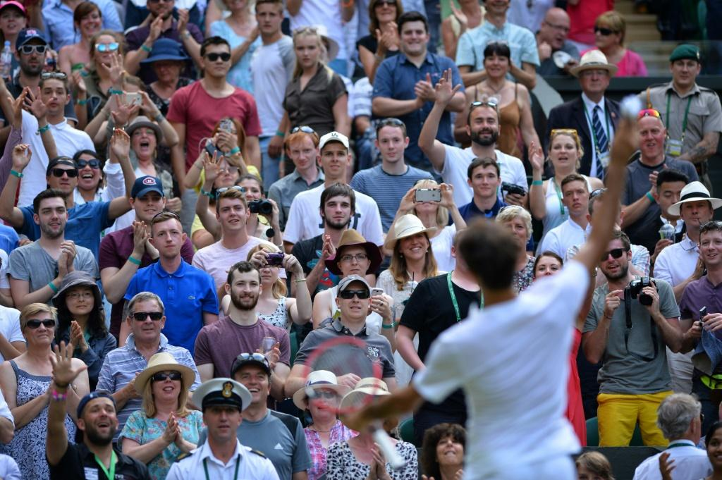 Roger Federer and his Wimbledon fans will have to wait until 2021 before meeting again