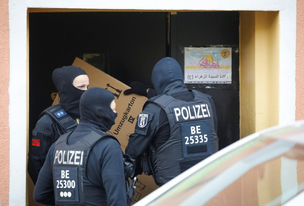 Police raid Al-Irschad Mosque in Berlin as dozens of police and special forces stormed mosques and associations linked to Hezbollah in Bremen, Berlin, Dortmund and Muenster early Thursday.