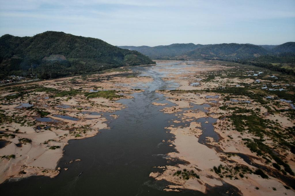 Laos' communist government has submitted proposals for the Sanakham dam -- close to the northeastern border with Thailand -- to a consultation commission