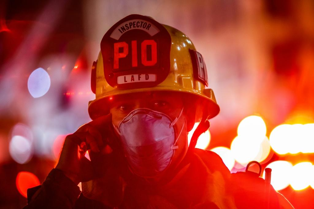 Explosion and fire injure at least 11 firefighters in Los Angeles