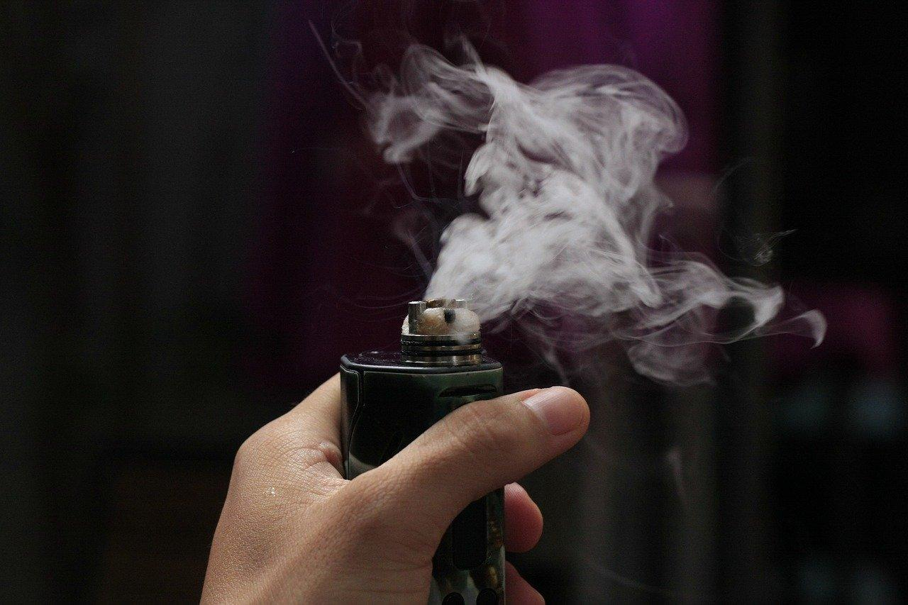 vaping causes slime cloak formation according to scientists