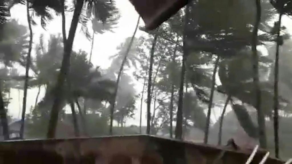 Heavy rain hits Indian city Ratnagiri, while local residents in the coastal town Alibaug take shelter as the country's west coast braces for Cyclone Nisarga.