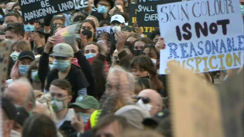 Protesters march in Sydney in solidarity with US Black Lives Matter demonstrators, and to demand an end to Aboriginal deaths in custody