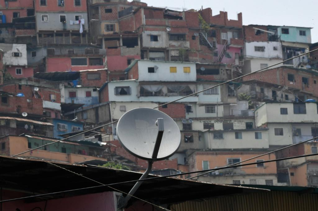 Under the terms of its Venezuela license, DirecTV was obliged to broadcast channels which are subject to US sanctions