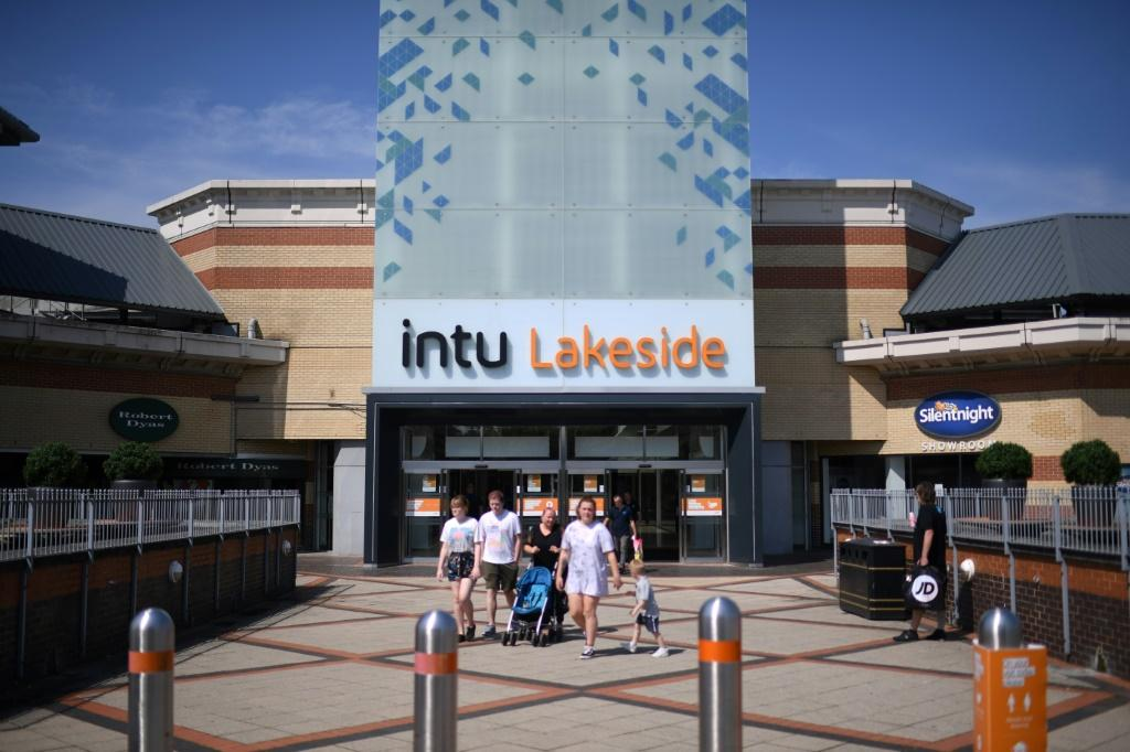 British shopping mall giant Intu says rescue talks with crditors have failed to secure its future and it will go into administration