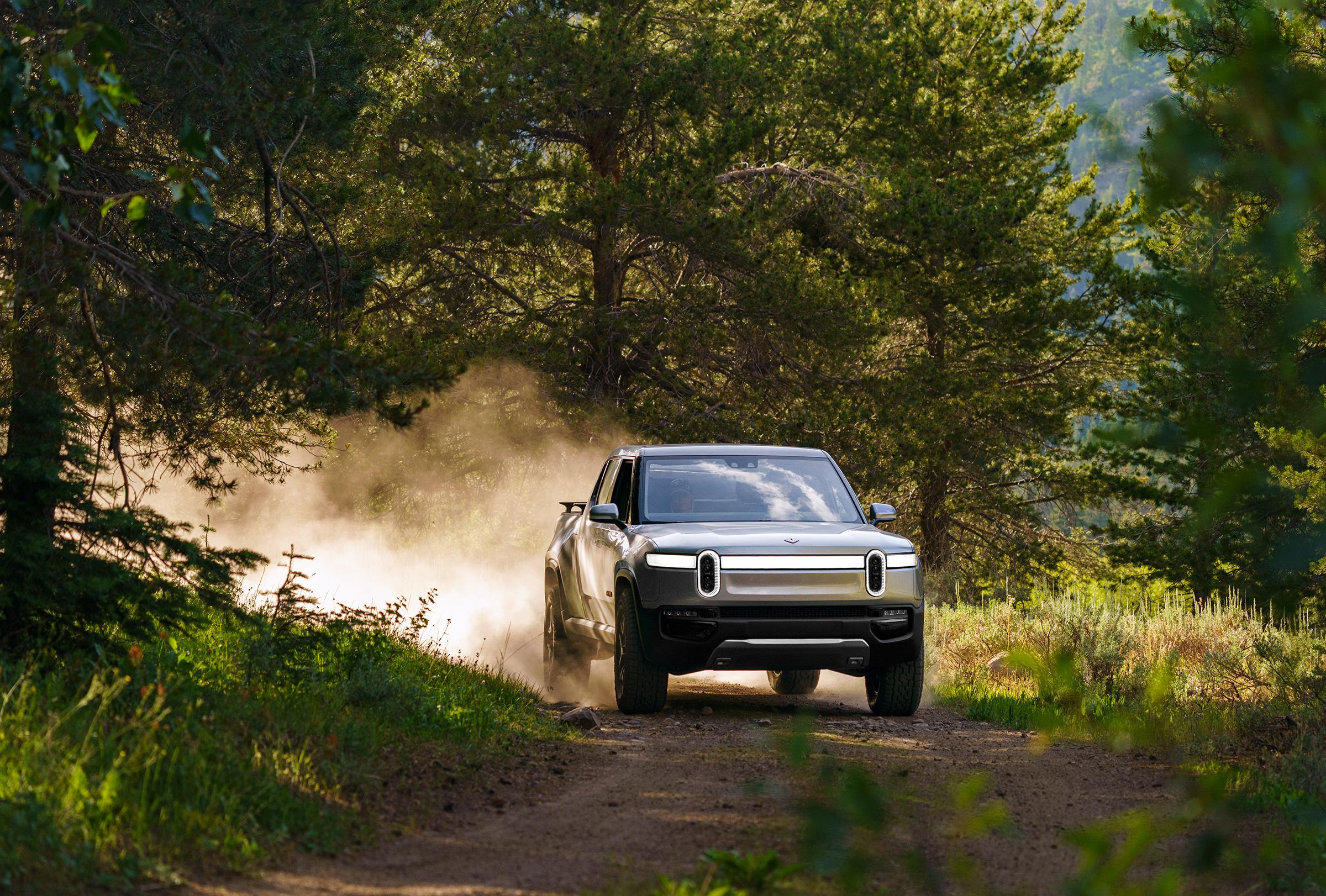 2019_09_Rivian-R1t-photo-by-Ben-Moon