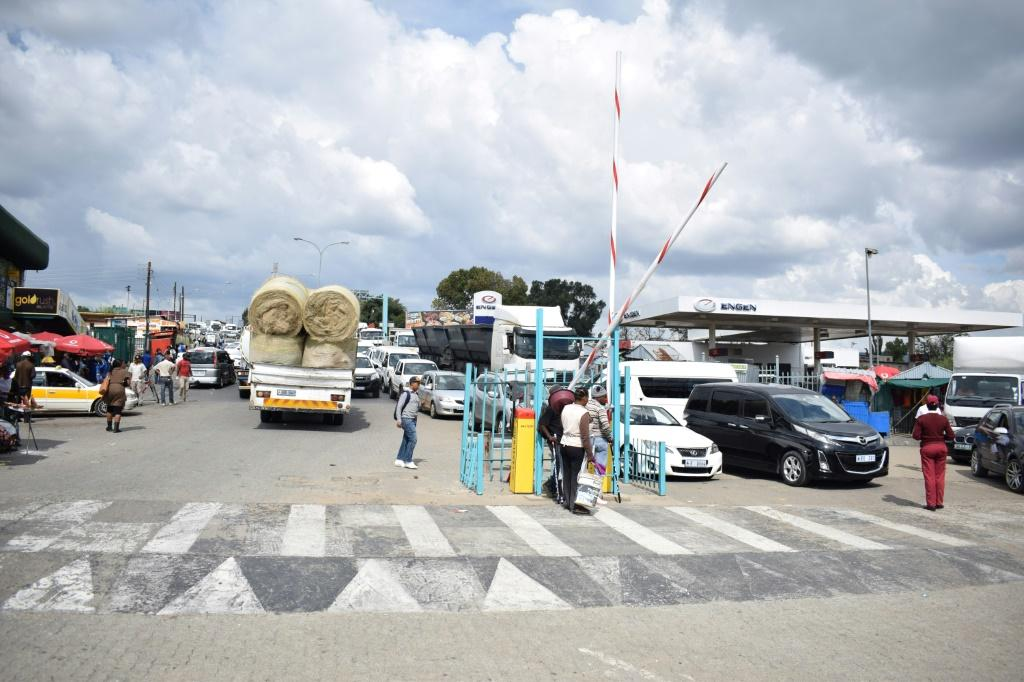The Maseru Bridge border post between Lesotho and South Africa. A landmark agreement would scrap all customs duties on internal trade between African countries, but progress is slow