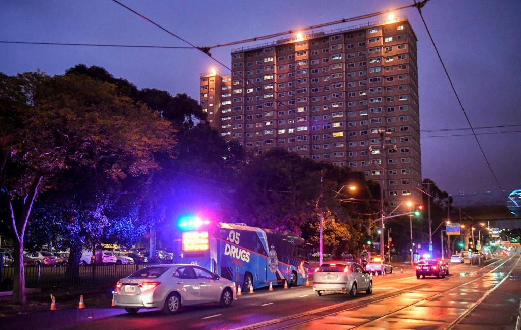 Hundreds of police enforce the lockdown of nine public housing towers in the Australian city of Melbourne
