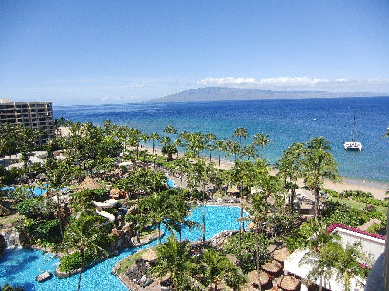 Hawaii holds off tourism reopening until September