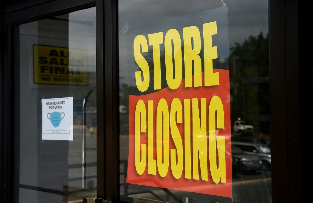 Economists warn that more US layoffs and businesses closures are becoming permanent, eroding the chance for recovery in coming months once the coronavirus pandemic is under control