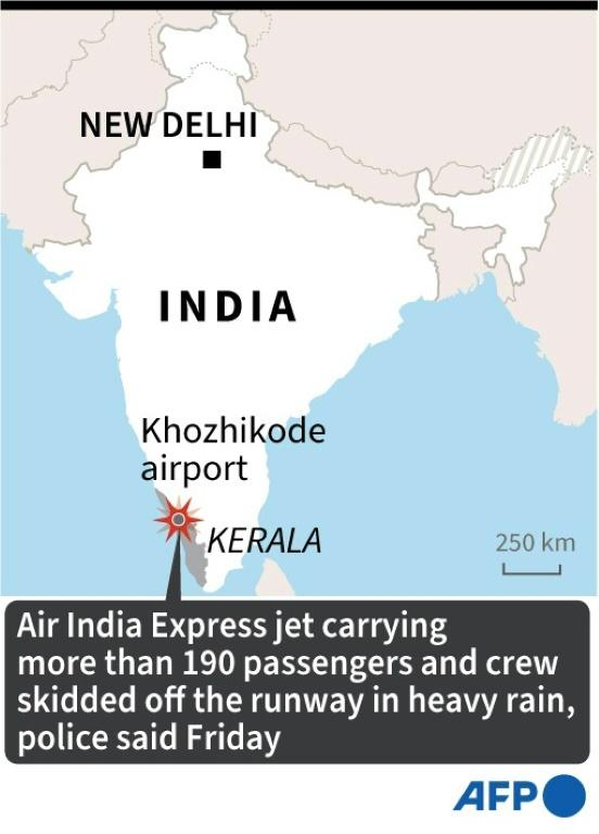 Map of India locating Kozhikode airport in Kerala state, where a passenger jet skidded off the runway after landing in heavy rain