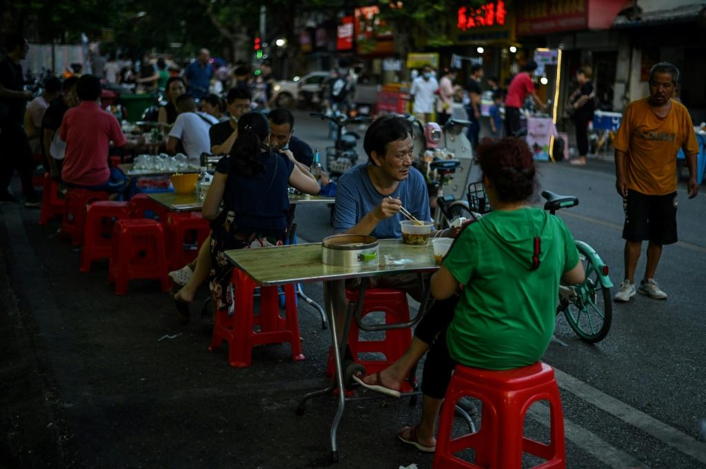 Outdoor diners are back in Wuhan