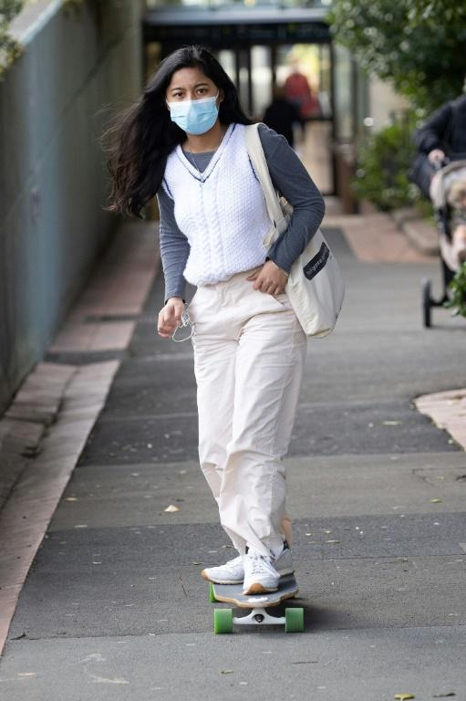 Facemasks are back on the streets of Wellington