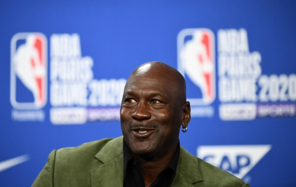 Former NBA star and owner of Charlotte Hornets team Michael Jordan will take a stake in DraftKings in exchange for advising the company