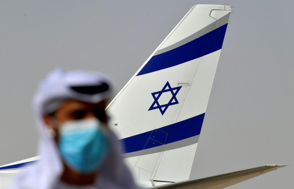 Israel's national carrier El Al is to fly its first cargo flight to Dubai, following a groundbreaking commercial passenger trip to the United Arab Emirates