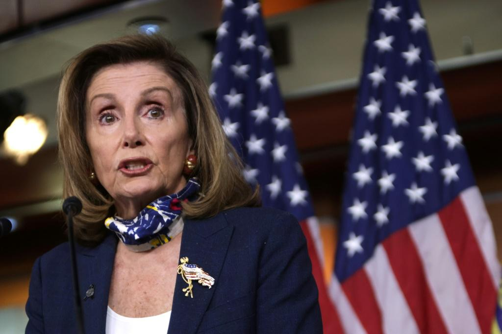 House Speaker Nancy Pelosi has made a fresh attempt to get Democrats and Republicans to hammer out a new stimulus package