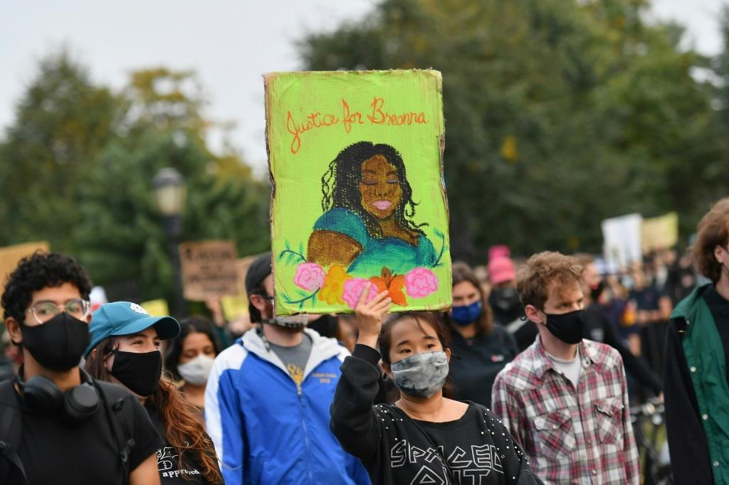 Protests demanding justice for Breonna Taylor have spread across the United States -- like this one in New York -- since a grand jury in Kentucky said no police would be directly charged with her killing