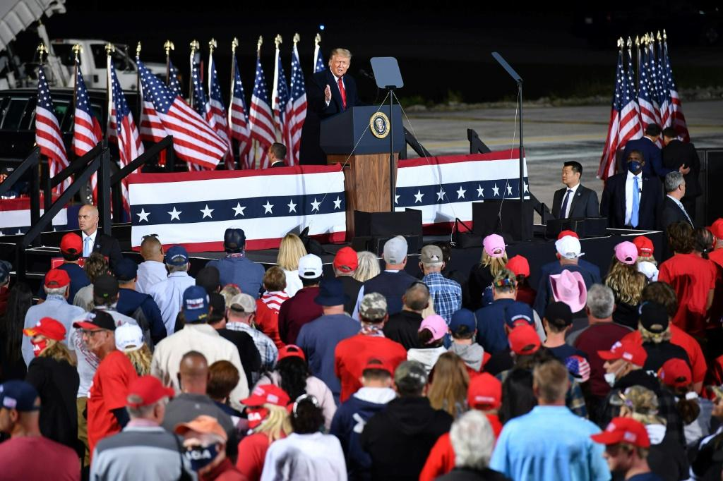 Donald Trump fires up his supporters at a rally at Toledo Express Airport in Swanton, Ohio on September 21, 2020