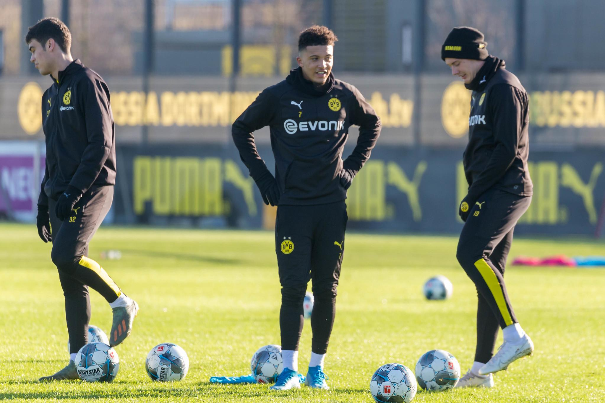 Giovanni Reyna, Jadon Sancho and Julian Brandt during the Borussia Dortmund training.