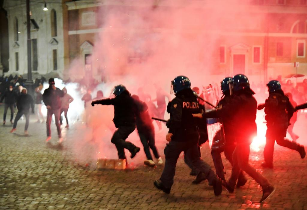 Italian police officers clashed with neo-fascists over the weekend over virus restrictions