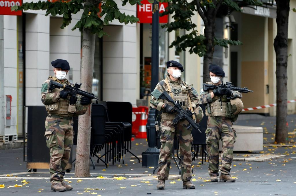 The assailant, who was shot and wounded by police, was identified as 21 year-old Brahim Aouissaoui, who arrived in Italy last month, then travelled to France, judicial sources said