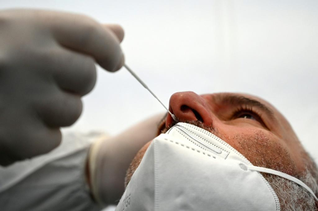 The rapid tests, which are only 80 to 90 percent accurate, have not stopped a coronavirus outbreak